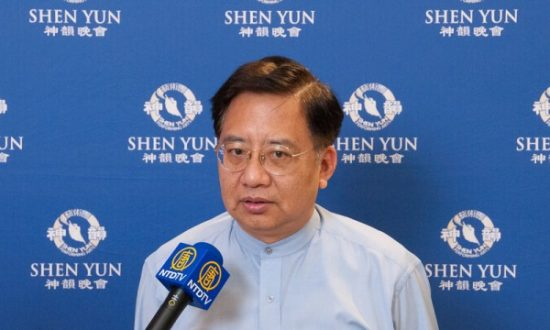 Taiwanese Artist Says Shen Yun 'A Symbol of Righteousness'