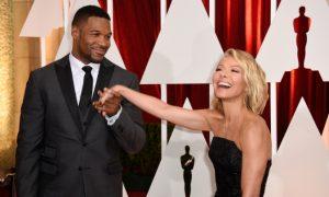 Kelly Ripa on Her Way to Turks and Caicos Amid Drama on 'Live'