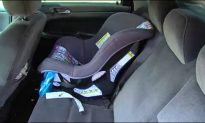 Police Officer Buys Child Seat for a Struggling Father