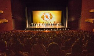 Shen Yun Brings Positive Energy