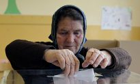 Serbia's General Election Tests EU Bid Amid Far-Right Surge