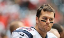 Tom Brady: Patriots Quarterback's 4-Game Deflategate Suspension Reinstated by Appeals Court