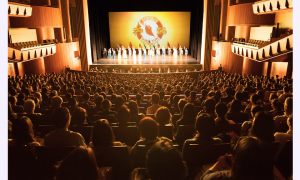 Tokyo Theatergoers: Shen Yun Has a 'Beauty That's Hard to Explain'