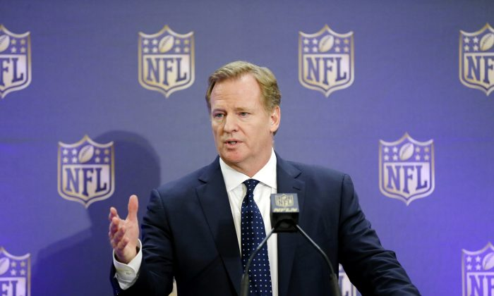 The reinstatement of Tom Brady's four-game suspension has re-affirmed NFL Commissioner Roger Goodell's power. (Brandon Wade/AP Photo)