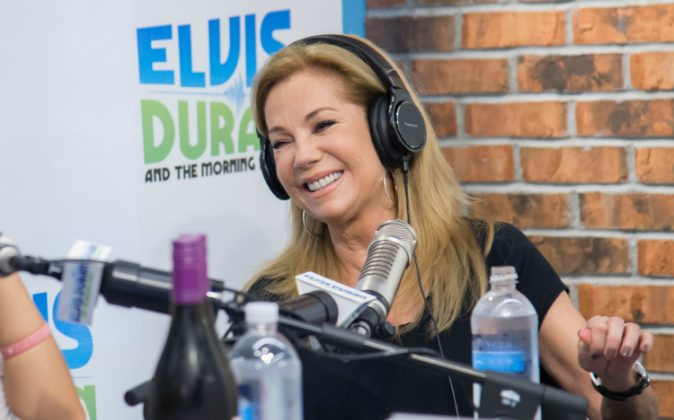 Kathie Lee Gifford visits 'The Elvis Duran Z100 Morning Show' at Z100 Studio on November 5, 2015 in New York City. (Photo by Mark Sagliocco/Getty Images)