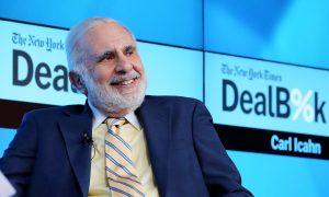 Billionaire Carl Icahn Sells His Entire Apple Stake, Cites 'Tsunami' of Trouble in China Market