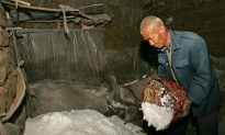 How China's Cancer-Inducing Industrial Salt Ends Up on Dinner Tables