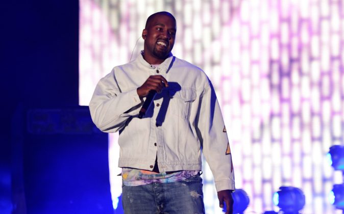 Hip-hop artist Kanye West performs onstage during day 1 of the 2016 Coachella Valley Music & Arts Festival Weekend 1 at the Empire Polo Club on April 15, 2016 in Indio, California. (Frazer Harrison/Getty Images for Coachella)