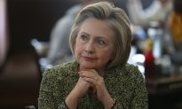 'Guccifer' Claims Hacking Into Clinton's Server Was 'Easy'