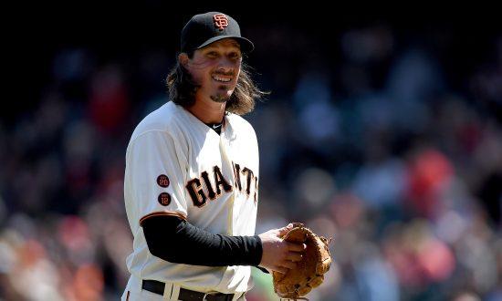 Jeff Samardzija: San Francisco Giants Starting Pitcher Snaps Bat Over Knee Following Strikeout