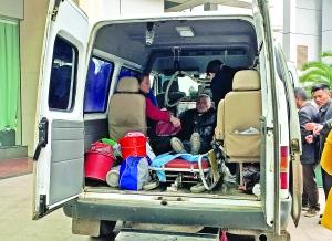 An unofficial ambulance. (Nanchang Evening News)