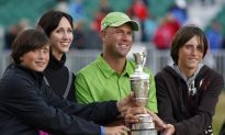 Stewart Cink: Golfer Announces Break From Sport After Wife Diagnosed With Breast Cancer