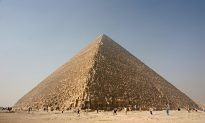Egyptian Pharaohs First Put Houses on a Grid