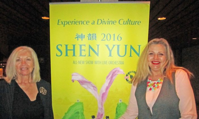 Audience Members Moved to Tears by Shen Yun's Final Hamilton Performance