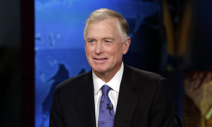 """Former Vice President Dan Quayle is interviewed by Maria Bartiromo during her """"Opening Bell With Maria Bartiromo"""" program on the Fox Business Network, in New York,  Thursday, July 24, 2014. (AP Photo)"""