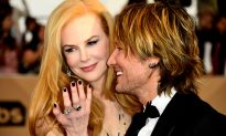Video: Singer Keith Urban Laughs at Old Photo of Himself Sporting Mullet, Gushes Over Wife Nicole Kidman