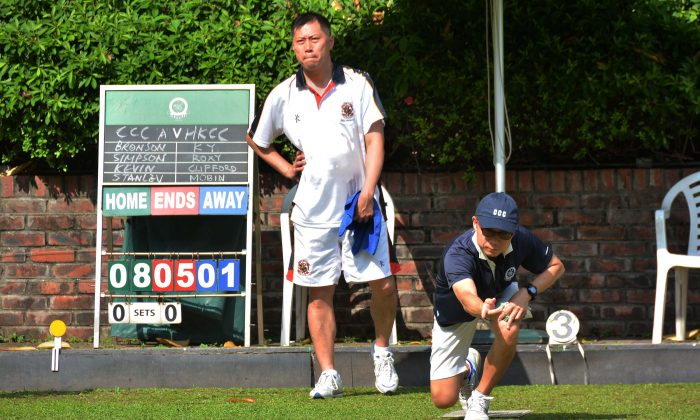 Reigning National Singles champion Stanley Lai (delivering) won his first Premier League game for Craigengower Cricket Club last weekend, May 7, 2016, against Mobin Yau of Hong Kong Cricket Club.  CCC have won the first two games of the season and is leading the table with 15 points. (Mike Worth)