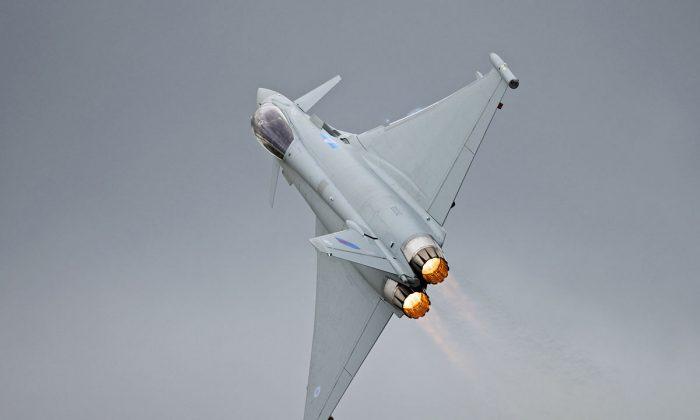 Eurofighter Typhoon mid-flight (via Creative Commons / Flickr)