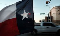 Texans Voting to Secede From the US