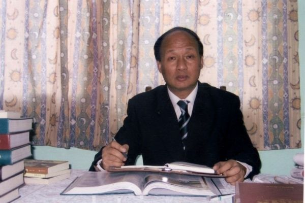 Zheng Enchong, a Shanghai-based human rights lawyer. (Epoch Times)