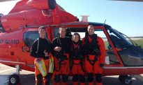 Coast Guards Rescue 4 People in Freezing Water as Boats Sink on Lake Erie