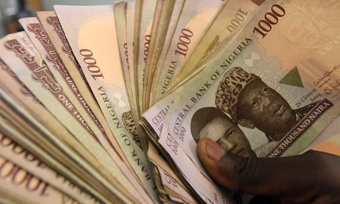 1000 naira banknotes, Nigeria's currency in Lagos on Jan. 29, 2016. (Pius Utomi Ekpei/AFP/Getty Images)