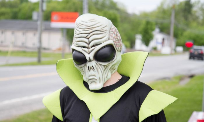 Danny Callanan from Pine Bush at the UFO Fair in Pine Bush on May 21, 2016. (Holly Kellum/Epoch Times)