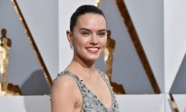 Daisy Ridley Ask Fans For One Favor