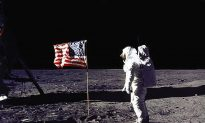 US Flags on the Moon Have All Faded to White