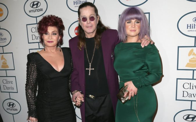 TV Personalities Sharon Osbourne (L), Kelly Osbourne (R) and musician Ozzy Osbourne attend the 56th annual GRAMMY Awards Pre-GRAMMY Gala and Salute to Industry Icons honoring Lucian Grainge at The Beverly Hilton on January 25, 2014 in Beverly Hills, California. (Frederick M. Brown/Getty Images)
