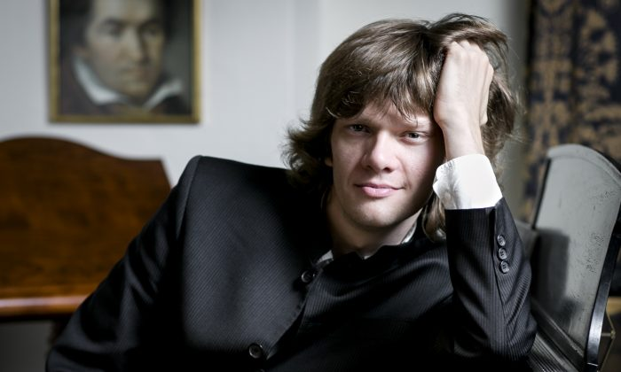 Pianist and composer Arsentiy Kharitonov in New York, on May 10, 2016. (Samira Bouaou/Epoch Times)