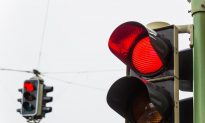6-Year-Old Boy Calls 911 on Dad for Driving Through a Red Light