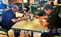 Girl Stops to Pray With Cedar Hill Police Officers at Restaurant