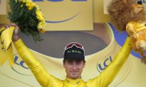 Sagan Seizes Yellow, Contador Crashes Again in Tour de France Stage 2