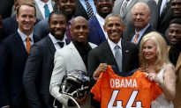 Denver Broncos Wide Receiver Demaryius Thomas Thanks President Obama for Mother's Pardon