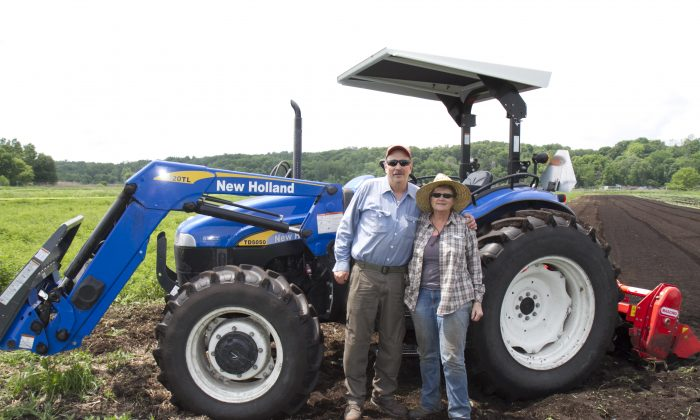 Bradley Stroll and Catherine Stroll, co-owners of the organic Fresh Meadow Farm in Middletown, N.Y. on June 4, 2016. (Kati Vereshaka/Epoch Times)