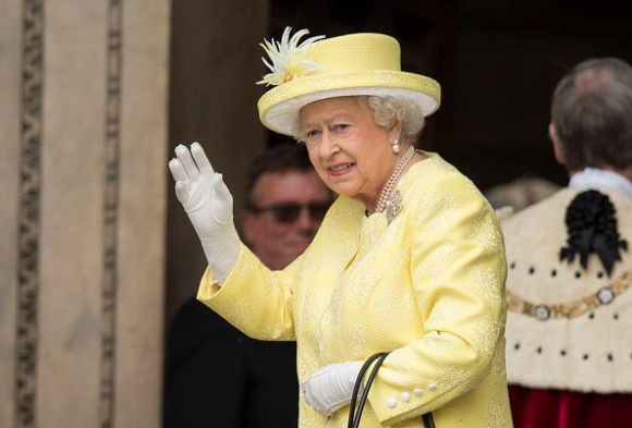 LONDON, ENGLAND - JUNE 10:  Queen Elizabeth II waves as she attends a National Service of Thanksgiving as part of the 90th birthday celebrations for The Queen at St Paul's Cathedral on June 10, 2016 in London, England.  (Photo by Mark Cuthbert/UK Press via Getty Images)
