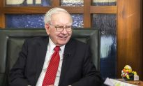 Private Buffett Lunch Goes to Highest Bidder for Over $3.4M