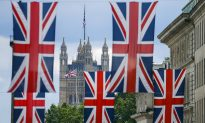 British Expatriates Fear for Their Future After UK Vote