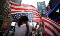 You and a Record 43 Million Others on the Road for July 4 Weekend