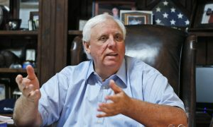 West Virginia Governor Signs Order Letting Restaurants, Small Businesses Fully Reopen