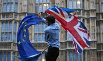 Pound and US Treasury Yields Hit Record Low Over Brexit Fears