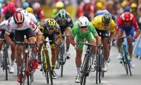 Cavendish Takes 28th Win, Sagan Holds Yellow in Tour de France Stage 3