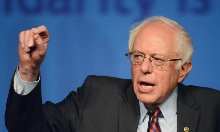 Democratic presidential candidate Sen. Bernie Sanders (D-Vt.) speaks during the AFL-CIO Convention at the Downtown Sheraton Philadelphia in Pennsylvania on April 7, 2016. (William Thomas Cain/Getty Images)
