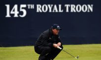 Stenson Surges at the Open: Mickelson One Ahead as Weather Worsens