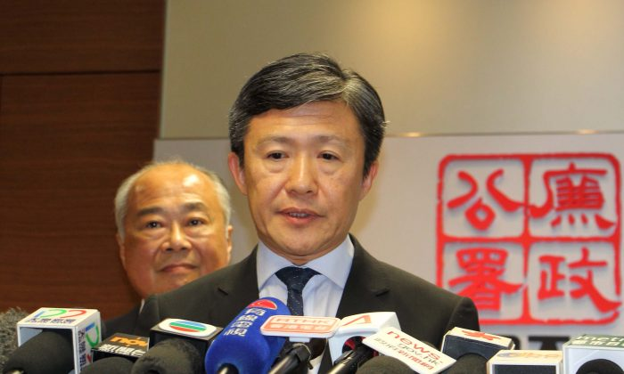ICAC Commissioner Simon Peh Yun-lu announced on Juky 11, 2016 that the removal of Li from the acting appointment was solely based on the fact that her performance was not up to the standard required, while refusing to disclose any further details. (Kiri Choi/Epoch Times)