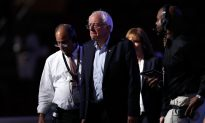 Bernie Sanders Gets Booed Over Support for Hillary Ahead of Democratic Convention