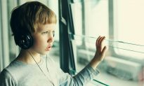 Simple Hearing Test May Predict Autism >> University Of Rochester The Epoch Times