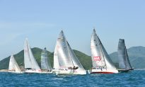 'Brace, Brace Brace', Leading the Fleet, Adds to the Spectacle in Summer Saturday Races