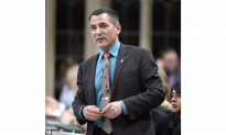 Tootoo Meets Constituents After Taking Time Off for Alcohol Addiction
